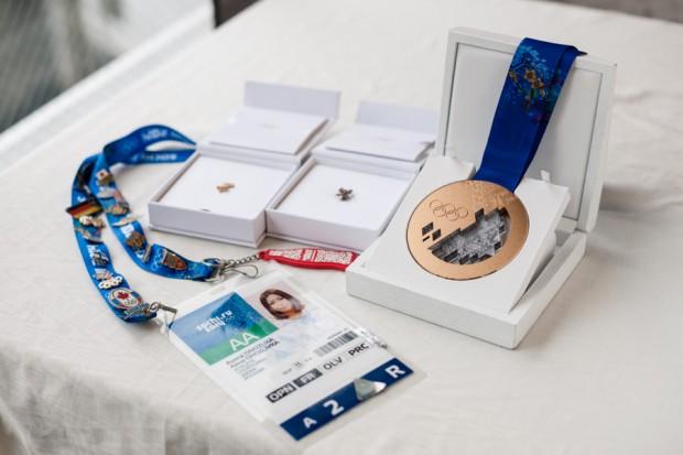 ソチ五輪の銅メダルやIDカード