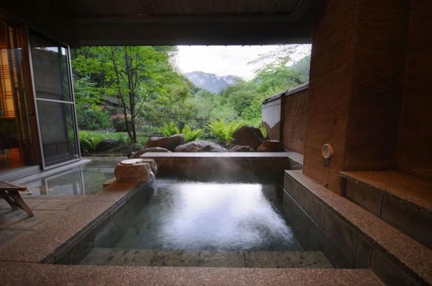 「別邸 仙寿庵」の露天風呂でちょっと贅沢に