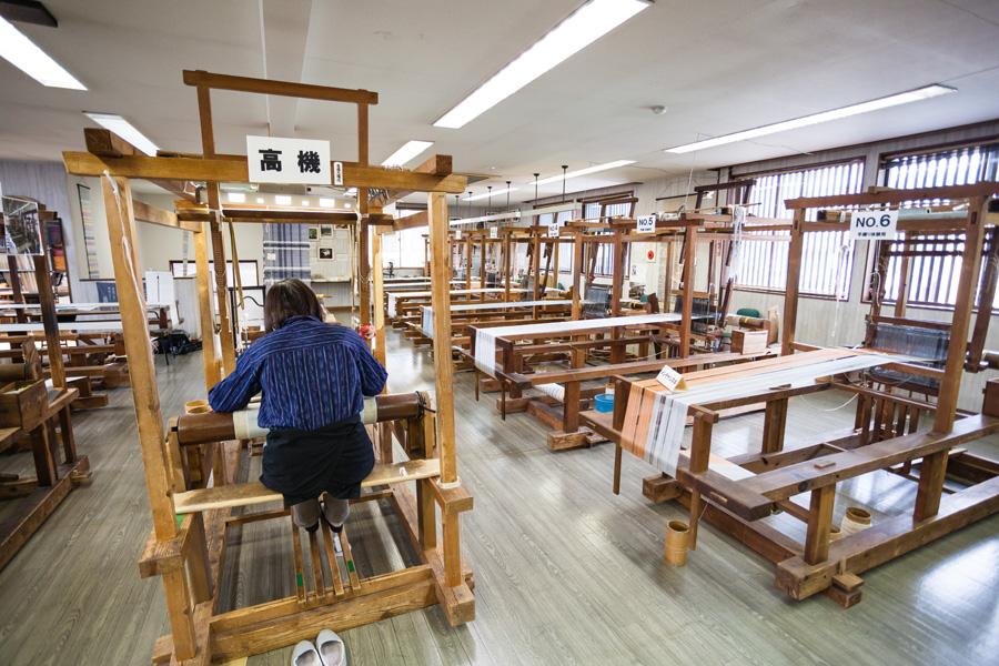 9. 織の文化館 塩沢つむぎ記念館